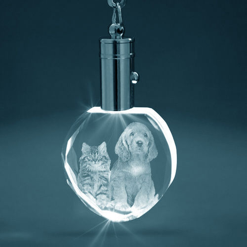 3D Crystal Heart Keyring (White LED)