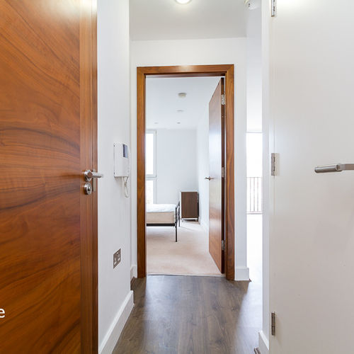 HAYES APARTMENTS CARDIFF CITY CENTRE FURNISHED ONE BEDROOM APARTMENT