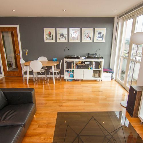 ADMIRAL HOUSE ONE BEDROOM FULLY FURNISHED APARTMENT WITH BALCONY
