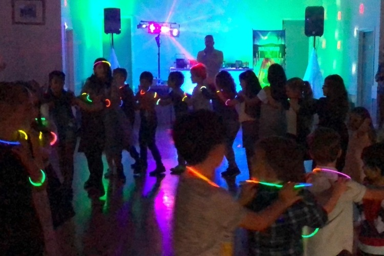Hollywood VIP Disco Children's Party Entertainment