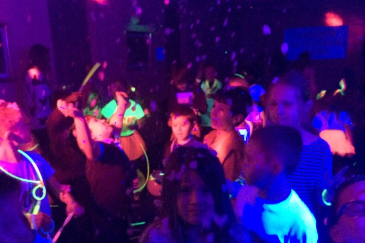 UV Neon Disco Kids Party Entertainers