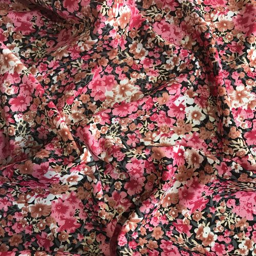 Flower Show Pink Spun Polyester 2.89m Remnant