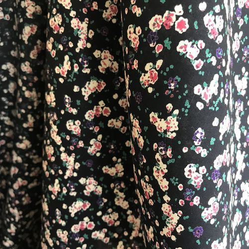 Blurred Florals Navy Cotton Lawn 1.73m Remnant