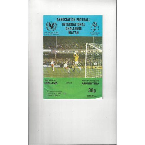 1979 Republic of Ireland v Argentina Football Programme