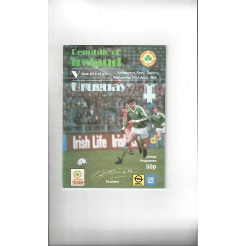 1986 Republic of Ireland v Uruguay Football Programme