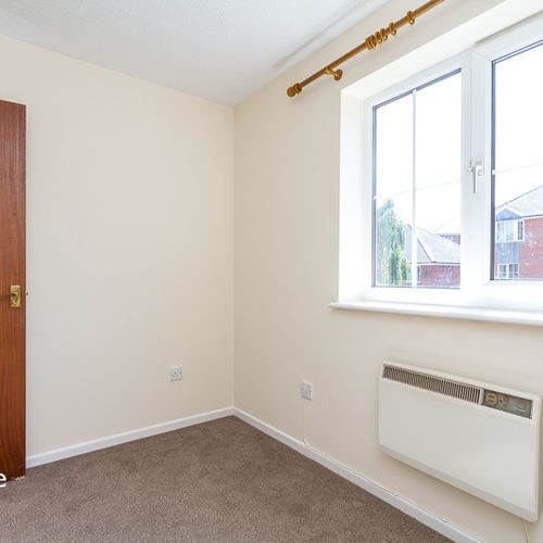 HARRISON WAY WINDSOR QUAY UNFURNISHED TWO BEDROOM APARTMENT