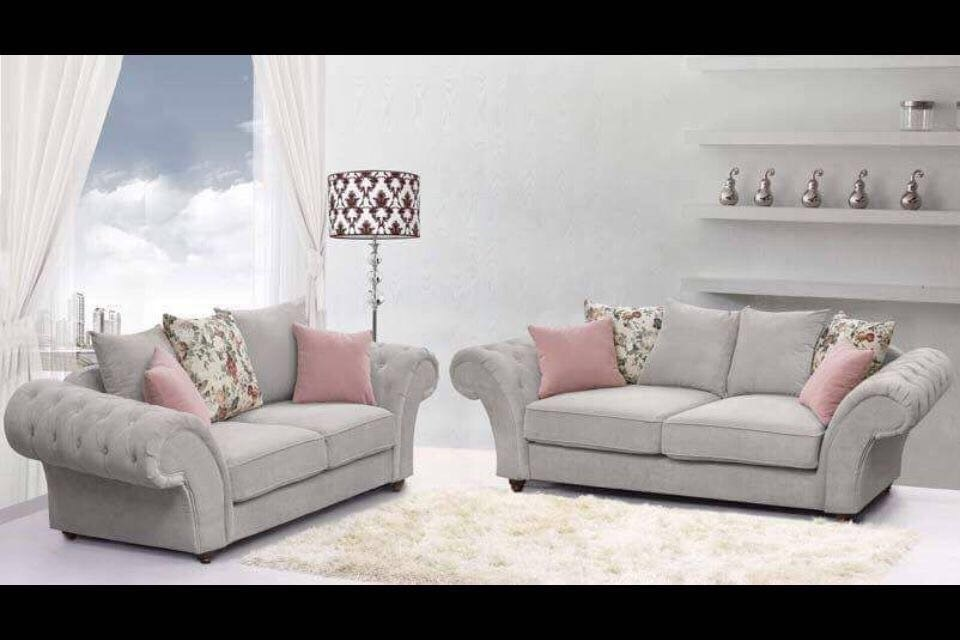 Brilliant 3 2 Annabelle Sofa In Keira Silver With Flower Scatters Id Machost Co Dining Chair Design Ideas Machostcouk
