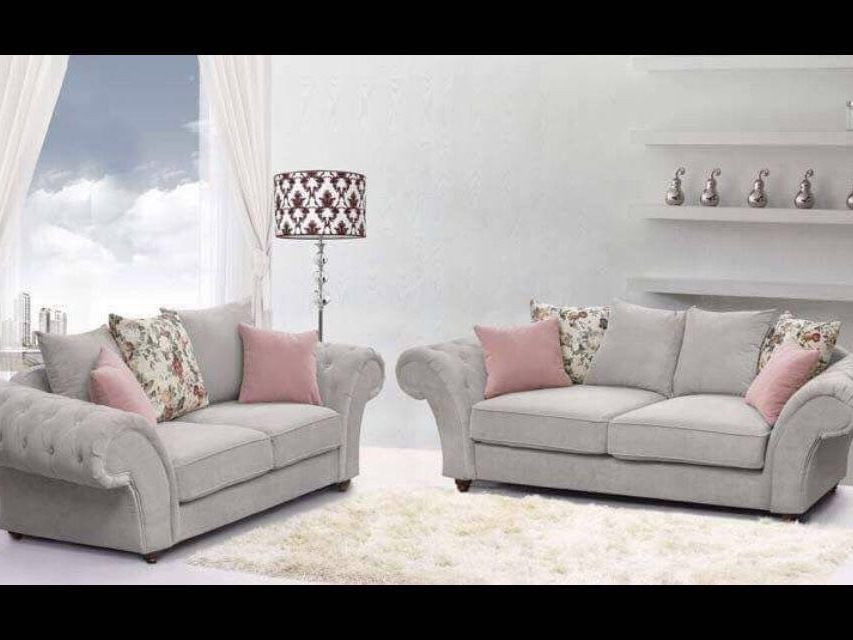 3+2  ANNABELLE SOFA IN KEIRA SILVER WITH FLOWER SCATTERS
