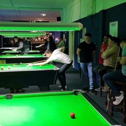 Discount on playing pool at Q-Academy
