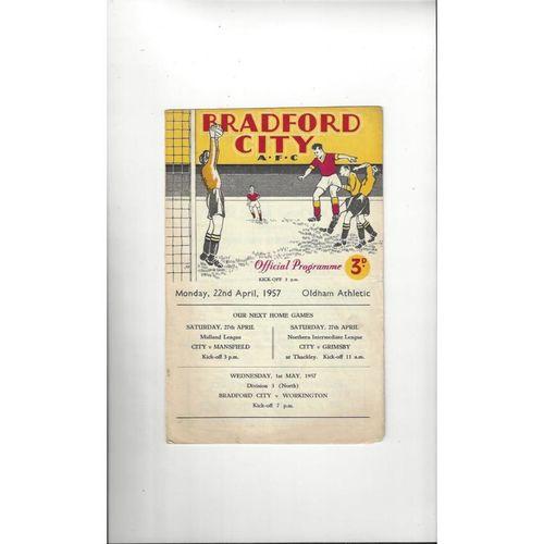 1956/57 Bradford City v Oldham Athletic Football Programme