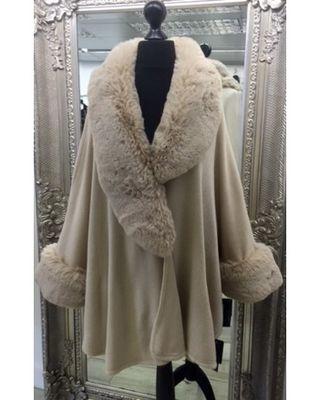 Coats & Wraps