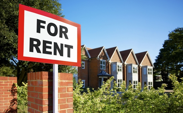 Better for tenants? Government moves to make THREE year tenancy agreements as standard.
