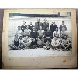Penarth Swimming Club 1942 Team Photograph