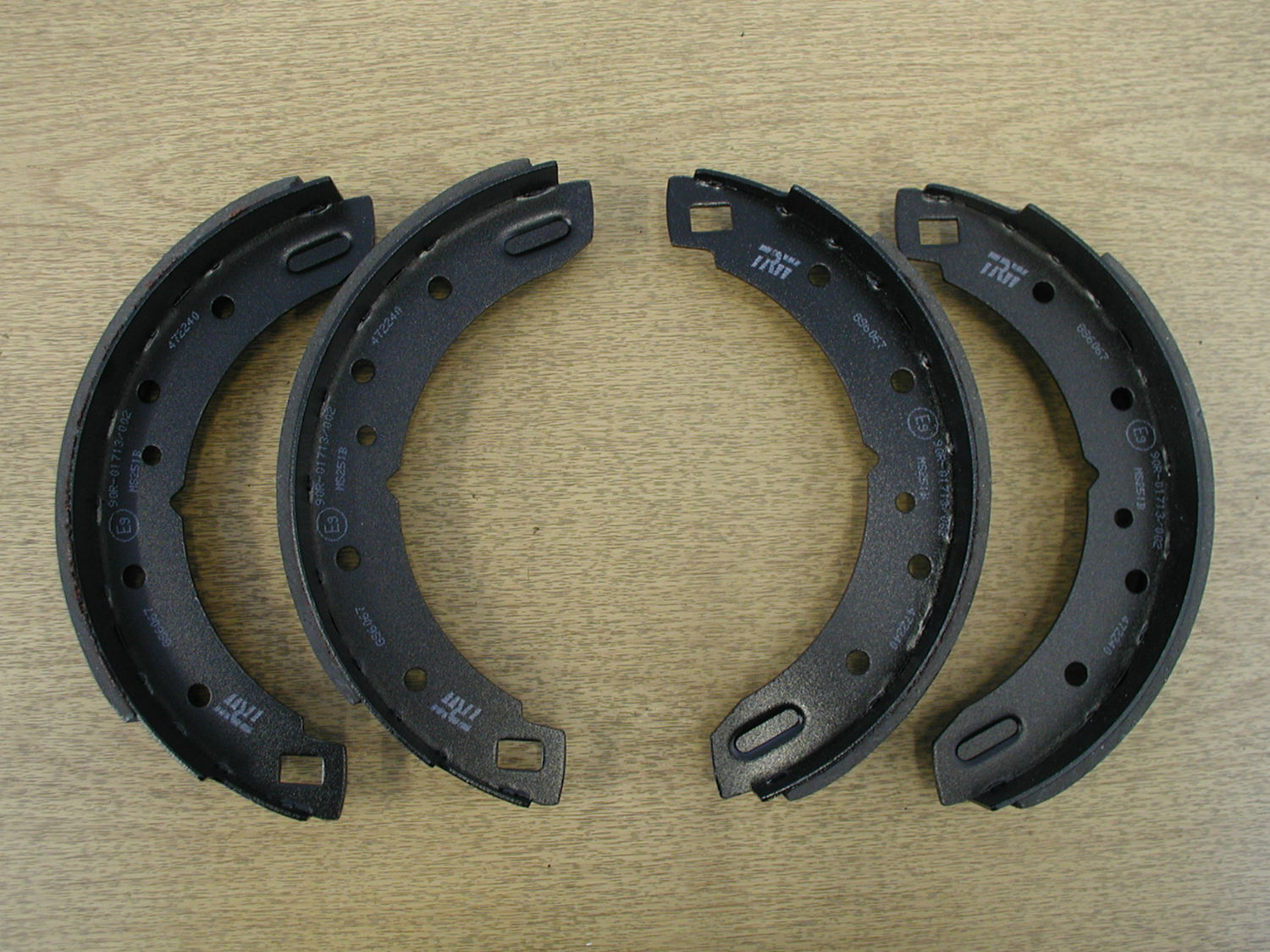 Rear Brake Shoes - Pre 1993