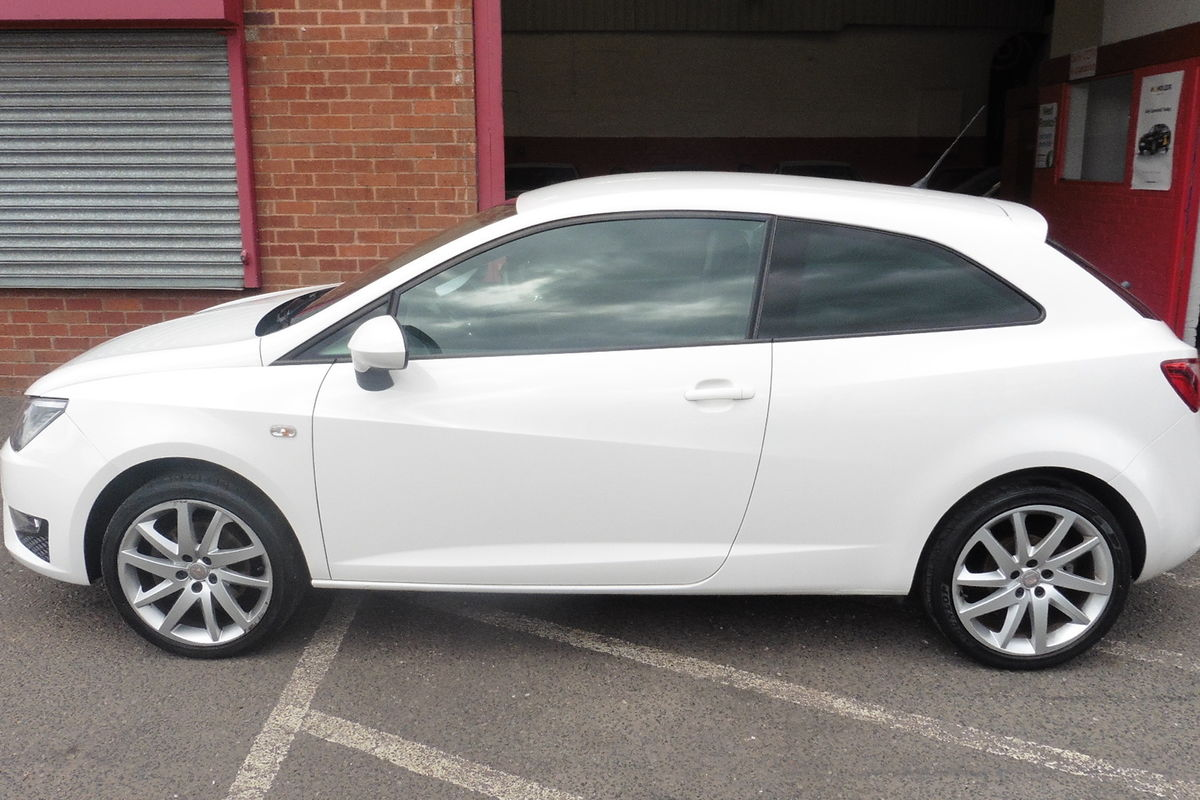 Seat Ibiza 1.4TSI FR Sport Coupe DSG 3dr - Sat Nav - Bluetooth Connectivity