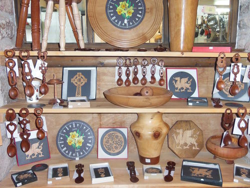 Wooden Gifts and crafts