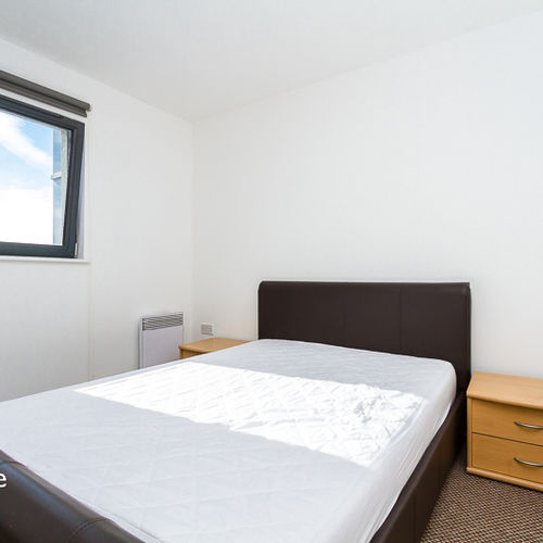 LANDMARK PLACE CARDIFF CITY CENTRE FURNISHED TWO BEDROOM APARTMENT WITH BALCONY