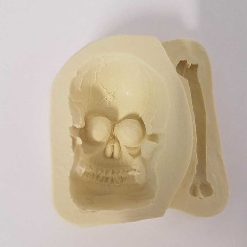 Skull & Bone Mould