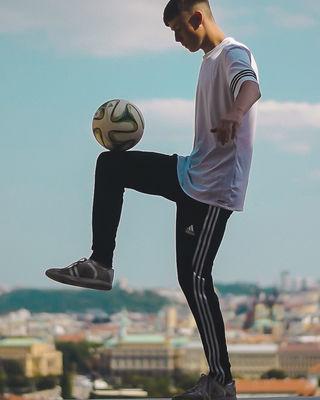 Free Style Footballer