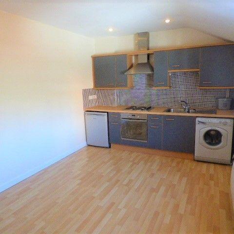 Flat 2, The Coach House, Swan Road, Lydney, GL15 5RU