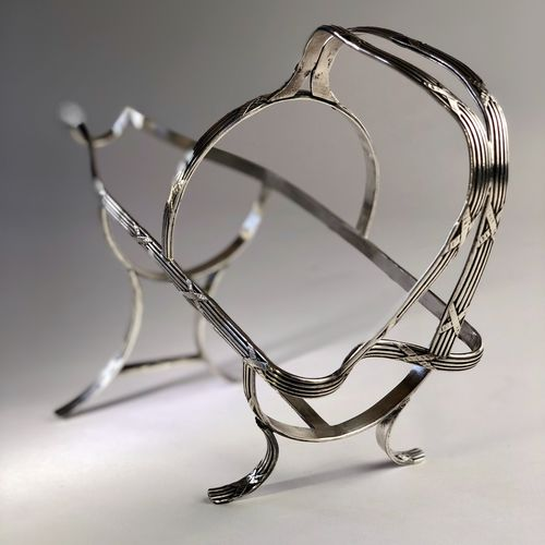 French early 20th Century silver plated wine cradle