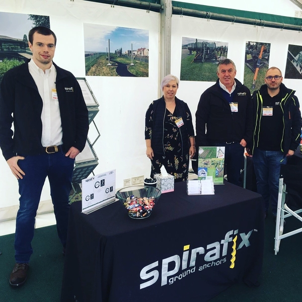Demo's of Spirafix at The Showman's Show