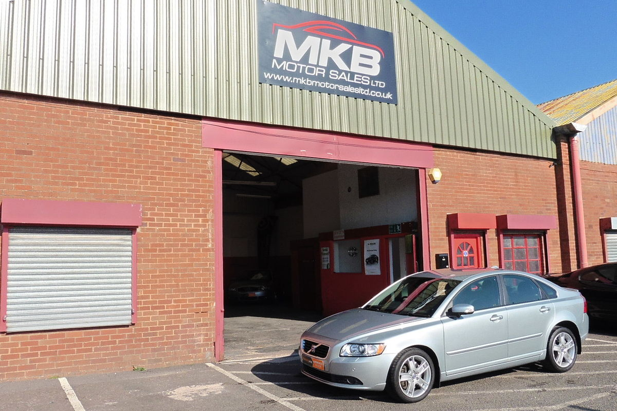 Volvo S40 2.4 D5 SE Lux Geartronic - SAT NAV - Full Service History - Bluetooth