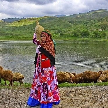 10 Day Historical and Nomadic Tour with Bakhtiyari and Qashghaee Nomads