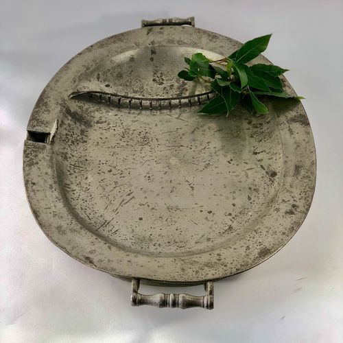 Giant Georgian pewter carving tray serving platter