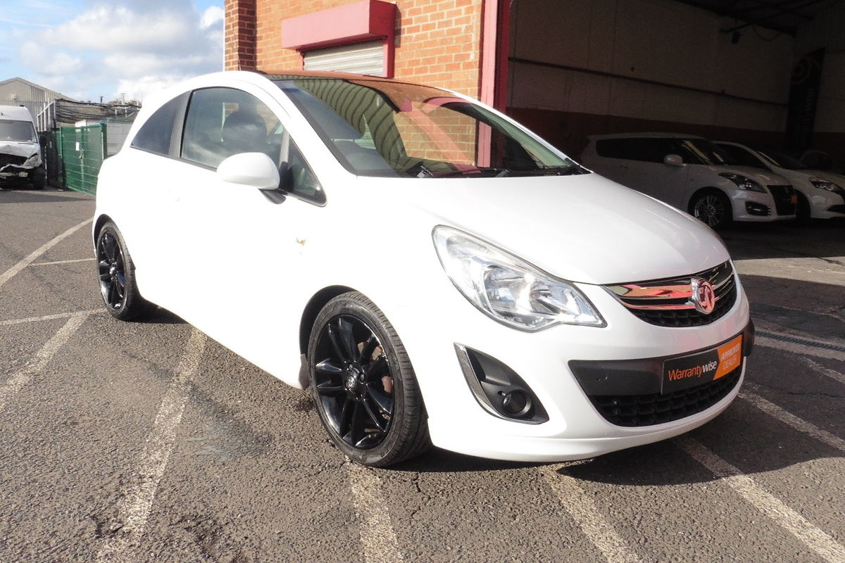 Vauxhall Corsa 1.2i 16v Limited Edition 3dr A/C - Full Service History - Long MOT