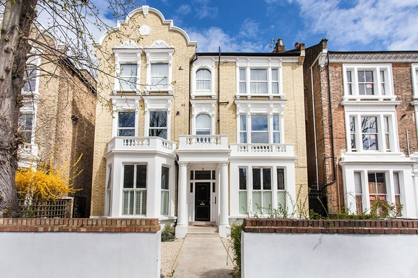 The London Property Market – What Lies Ahead in 2019?