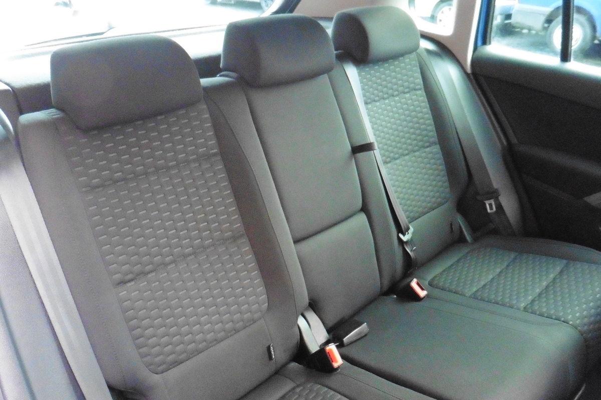 Volkswagen Tiguan 2.0 TDI SE 4MOTION - 4 Wheel Drive - FULL DEALER SERVICE HISTORY!