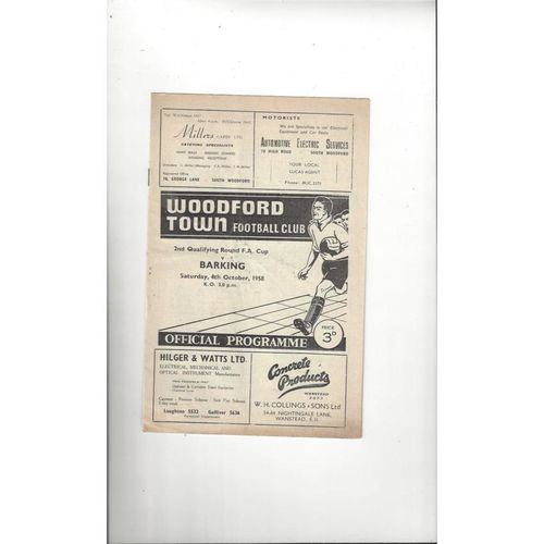 1958/59 Woodford Town v Barking FA Cup Football Programme