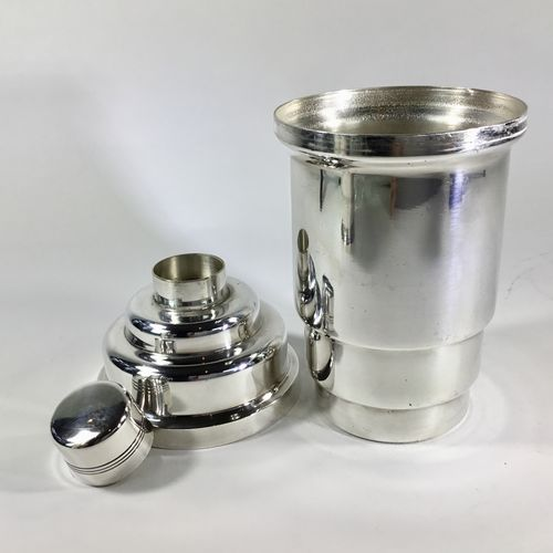 Jazz Age silver plated cocktail shaker Circa 1930