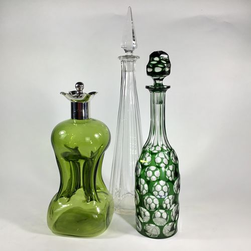 Exceptional Victorian cut to clear glass decanter
