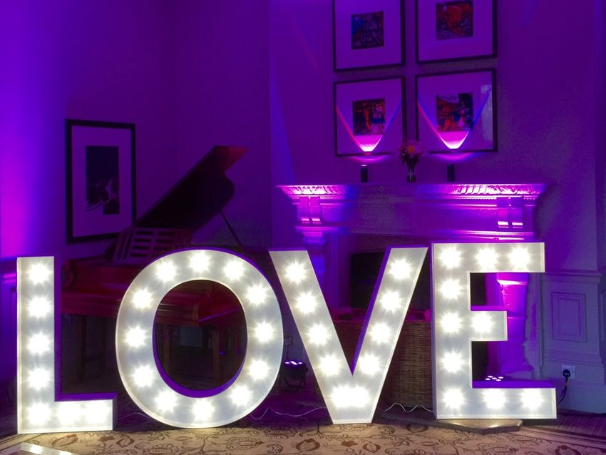 Light up letter hire London, Surrey, Sussex, Kent