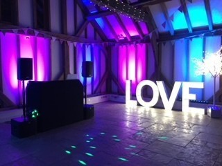 WEDDING AND EVENT PHOTO BOOTH LONDON AND SURREY
