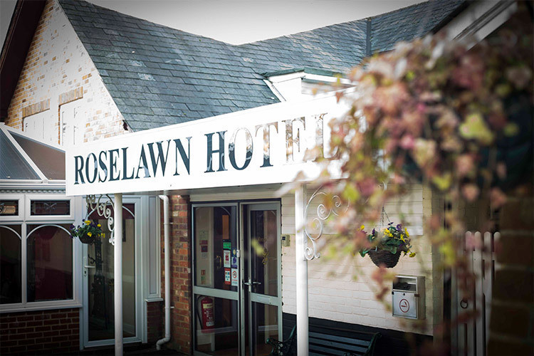 Hotel Burghfield, Hotel Theale, Hotel Reading