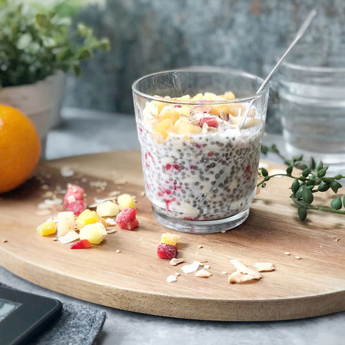 Tropical Chia and Oat Pot