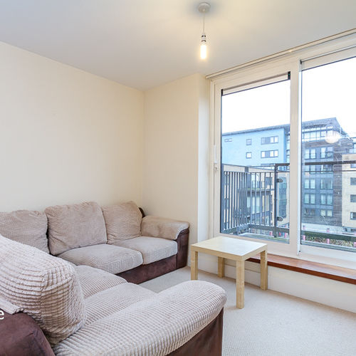 PROSPECT PLACE FULLY FURNISHED ONE BEDROOM APARTMENT WITH BALCONY