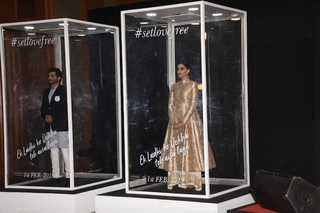Ek Ladki Ko Dekha Toh Aisa Laga team launch the trailer by standing in a glass box