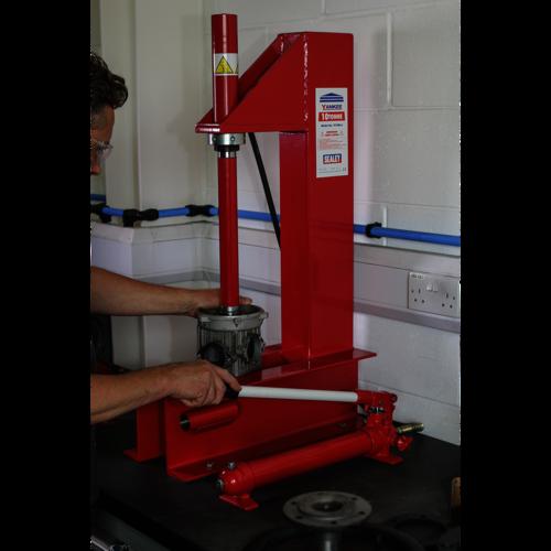 Hydraulic Press 10tonne Bench 'C' Type - Sealey - YC10B