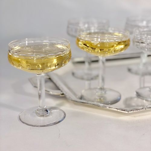 8 Val Saint Lambert crystal champagne coupes