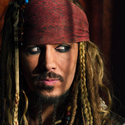 Captain Sparrow lookalike pirate events uk