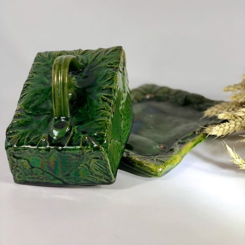 Rare Victorian Majolica wedge shaped cheese keeper