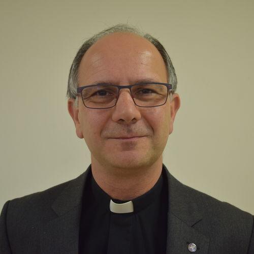 Fr Jonathan How