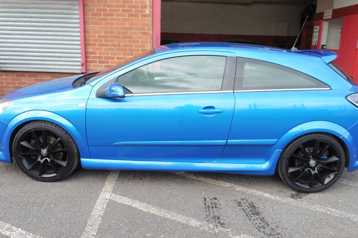 Vauxhall Astra VXR 2.0i T 16v Sport Hatch 3dr - Full Leather Heated Recaro Seats!