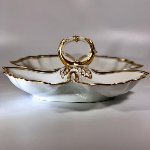 Gilded 'Old Paris Porcelain' serving dish