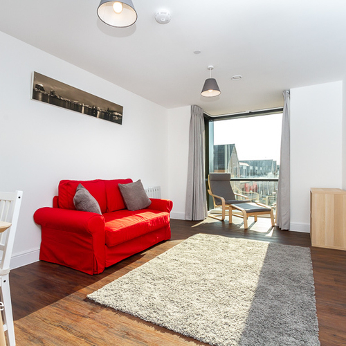 SCHOONER WHARF CARDIFF BAY FULLY FURNISHED ONE BEDROOM APARTMENT