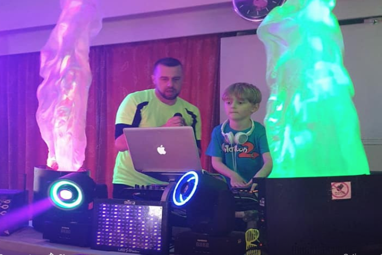 Ultimate Kids Disco Party Entertainers